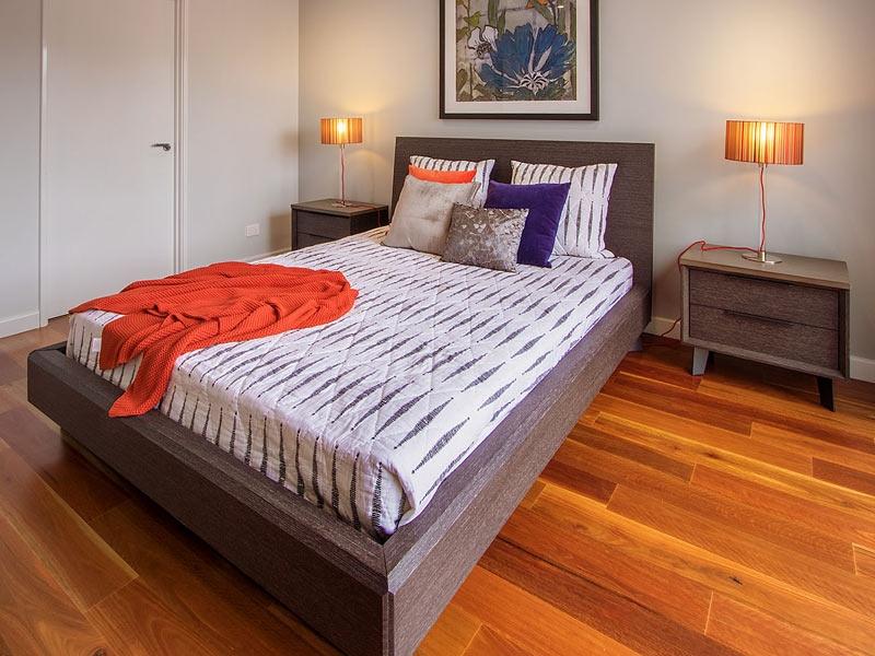 Ghost Queen Bed